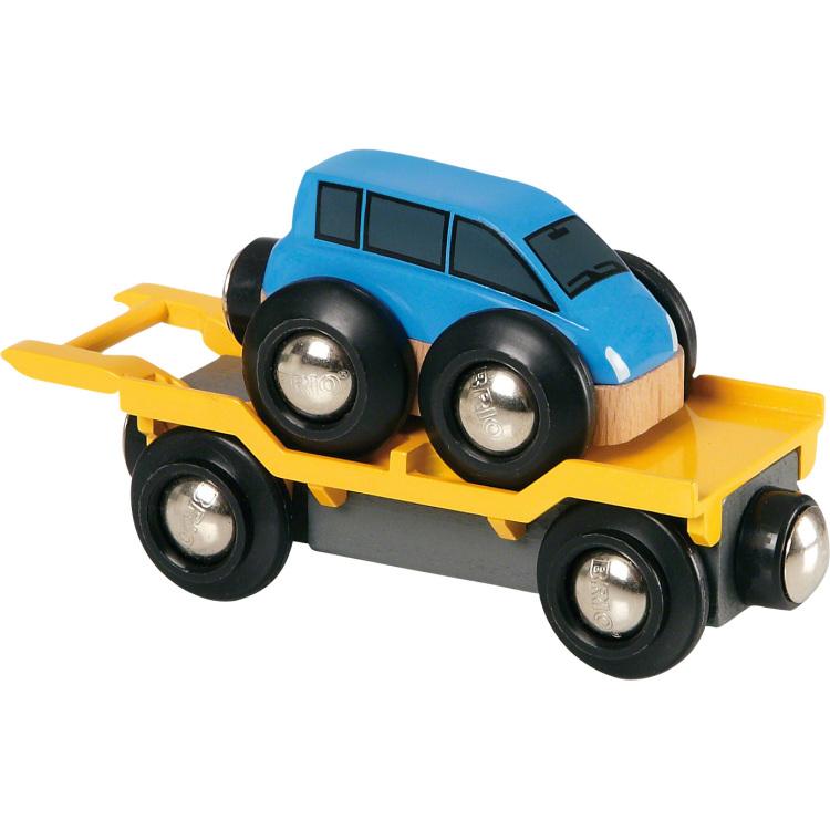 Brio autotransporter met laadplatform