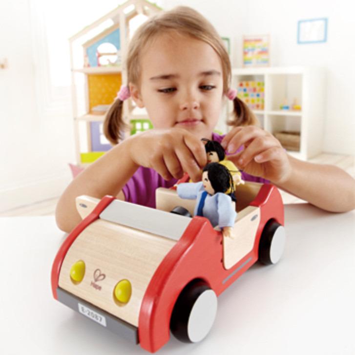 Houten auto voor poppenhuis